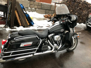 2009 HARLEY DAVIDSON ULTRA CLASSIC MIGHT TRADE SEE ADD