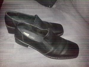 Black Josef Seibel Heeled Shoes
