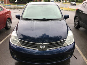 Versa berline 2007,automatique,75000km,A/C,