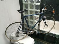 EARLY-1980's (SIZE 55cm) LOTUS SUPREME ROAD BIKE - FULL DURA ACE