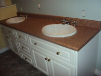 9 pc Bathroom countertops/sinks/mirrors(does not include vanity)