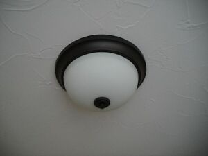 CEILING LITE  (NEVER USED)