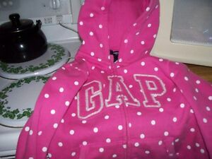 Girls Gap sweater