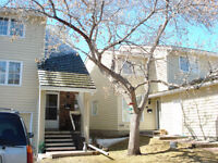 Riverpark Townhouse Condo Near Edworthy Park for sale or rent