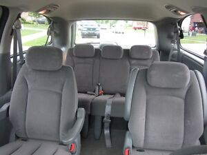 Chauffeur Service to all AIRPORTS.....from Sarnia London Ontario image 3