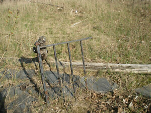 Small Sections Retro Wrought Iron Railings for Refinishing London Ontario image 3