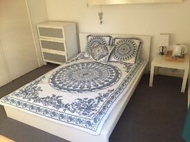 Spacious furnished large double room in Camberley