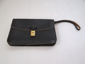 Leather Black Pouch.