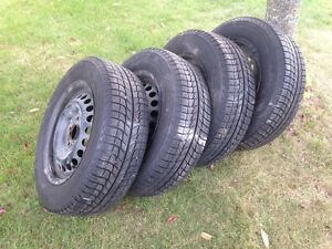 4 Michelin x-ice winter tires.  195 65 15. Peterborough Peterborough Area image 1