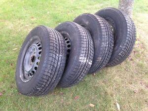 4 Michelin x-ice winter tires.  195 65 15.