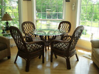 5-piece Boca Rattan Coco Cay indoor urban mahogany dining set
