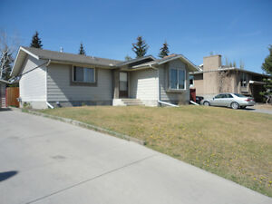 1100 Square Foot home for rent in Cochrane, Glenbow Area
