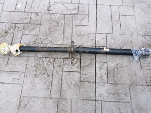 B6 B7 Audi S4 RS4 6 speed manual prop drive shaft 8E0521101AA