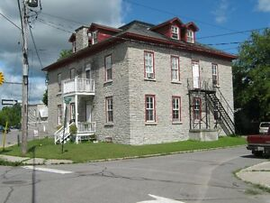 One BDR in Almonte Heritage Building! Possible rent reduction!