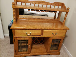 Solid wooden wine hutch