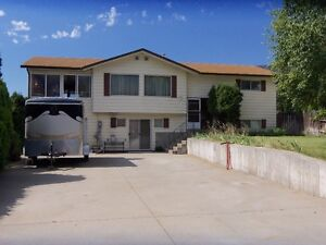 Osoyoos house with inground pool for sale