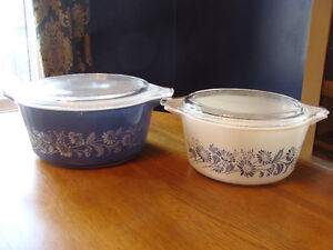 BLUE WHITE COLONIAL MIST DAISIES LIDDED CASSEROLES 474 475 London Ontario image 4