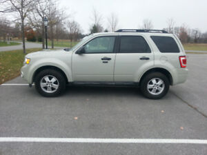 2009 Ford Escape, Saftied, Etested & Warrantied