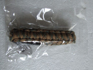 Unisex rope tie green brown clip on bracelet New with tags