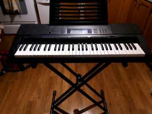 Casio keyboard with stand and audio software