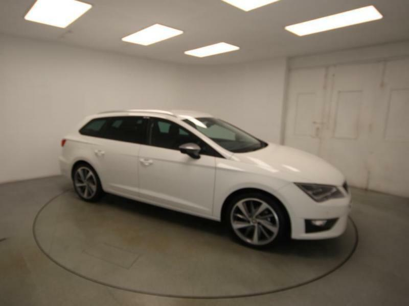 2015 seat leon st 1 4 eco tsi fr tech petrol white manual in chesterfield derbyshire gumtree. Black Bedroom Furniture Sets. Home Design Ideas