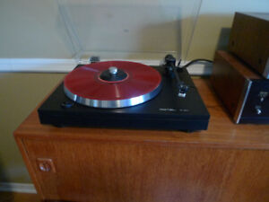 Rotel Turntable