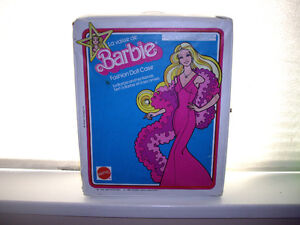 BARBIE CARRY CASE