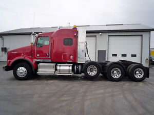 2012 Kenworth T800 , 4 axle sleeper tractor, 18-20-46,000 axles