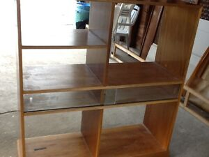 Rolling display cabinet  with glass sliders