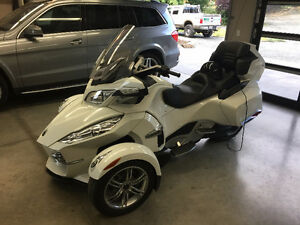2011 Can Am Spyder rt limited