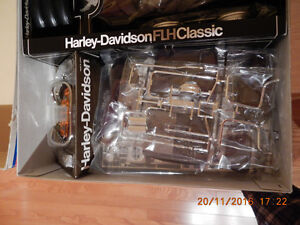 TAMIYA 1/6th Scale Harley Davidson FLH CLASSIC Sidecar model West Island Greater Montréal image 3
