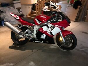 2002 Yamaha R6 for trade or sale
