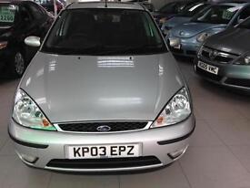 2003 Ford Focus 2.0i 16v auto Ghia-3 Service Stamps-1 F Keeper-2 Key