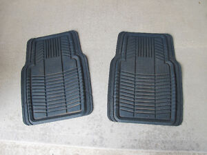 Rubbermaid - Floor mats