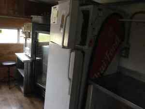 Food Trailer, superb condition. Has all appliances + soft serve London Ontario image 7