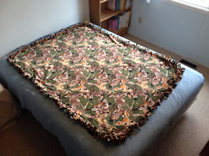 Handmade tie flannel blanket with two different animal patterns