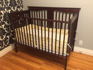 4 in 1 dark crib/mattress included