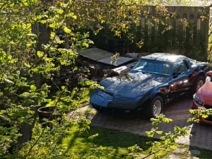 1979 corvette with rare 4 speed MANUAL transmission