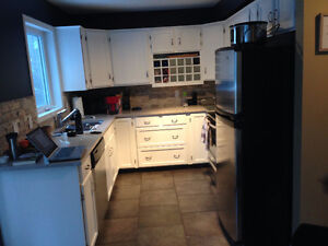 Room for rent Marda Loop townhouse for May 1st