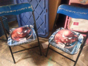 2 spiderman chairs