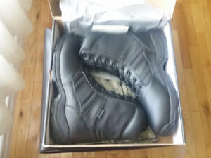 MAGNUM PANTHER BOOTS SIZE 15 NEW IN BOX