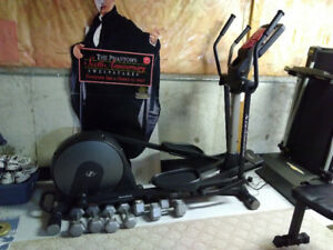 NordicTrack Elliptical Machine -AudioStrider 800