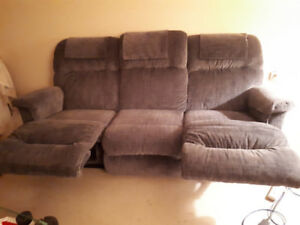 RECLINER COUCH AND RECLINER/ROCKER;CHAIR