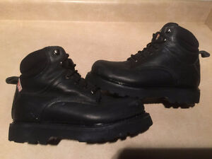 a893de155a3 Work Boots Workload | Kijiji in Ontario. - Buy, Sell & Save with ...
