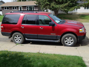 2007 Ford Expedition XLT 217000km, $6000