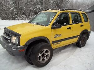 2003 Chevrolet Tracker  Full Load ** LOW KM ** WITHOUT RUST **