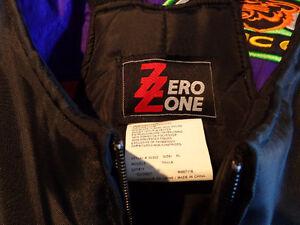 X-large bibs by Zero Zone-  recycledgear.ca