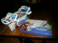 Frozen Light Up Sneakers - Size 7 Med
