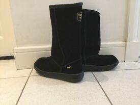 Rocket Dog black boots UK 7 euro 40