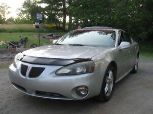 (LOW KMS.) 2006 Pontiac Grand Prix GT SUPERCHARGED